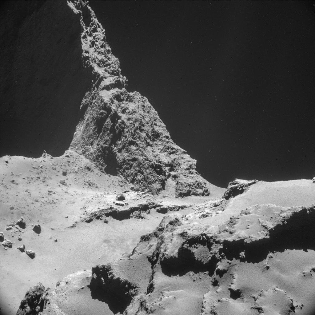 ESA's comet-chasing Rosetta mission spent much of the second half of October orbiting Comet 67P/Churyumov–Gerasimenko at less than 10 km from its surface.  Credit: ESA/Rosetta/NAVCAM, CC BY-SA 3.0 IGO
